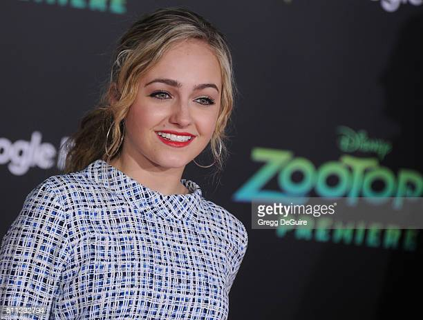 Actress Sophie Reynolds arrives at the premiere of Walt Disney Animation Studios' 'Zootopia' at the El Capitan Theatre on February 17 2016 in...