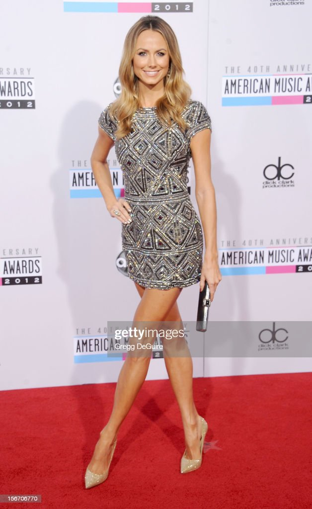 Actress Stacy Keibler arrives at the 40th Anniversary American Music Awards at Nokia Theatre L.A. Live on November 18, 2012 in Los Angeles, California.