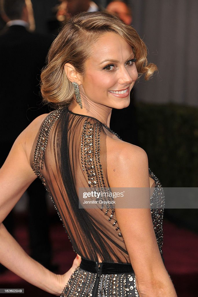Actress Stacy Keibler attenda the 85th Annual Academy Awards at Hollywood & Highland Center on February 24, 2013 in Hollywood, California.