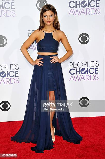 Actress Stefanie Scott arrives at the People's Choice Awards 2016 at Microsoft Theater on January 6 2016 in Los Angeles California