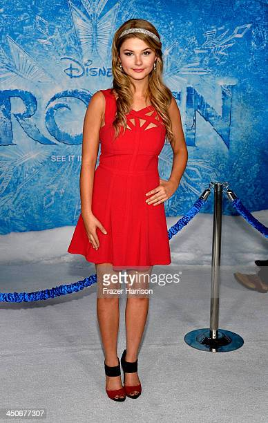 Actress Stefanie Scott attends the premiere of Walt Disney Animation Studios' 'Frozen'at the El Capitan Theatre on November 19 2013 in Hollywood...