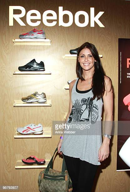 Actress Summer Altice poses at Reebok during the Kari Feinstein Golden Globes Style Lounge at Zune LA on January 14, 2010 in Los Angeles, California.
