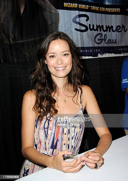 Actress Summer Glau attends Day 2 of Wizard World Chicago Comic Con 2013 held at the Donald E Stephens Convention Center on August 10 2013 in...