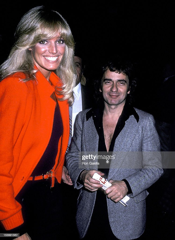 "Susan Anton and Dudley Moore attend a performance of the Broadway musical ""It's So Nice to Be Civilized"" : News Photo"