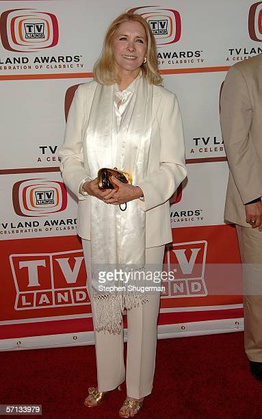 Actress Susan Howard arrives at the 2006 TV Land Awards at the Barker Hangar on March 19, 2006 in Santa Monica, California.