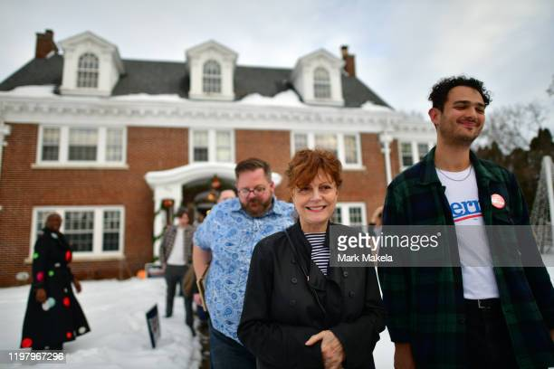 Actress Susan Sarandon a supporter of Democratic Presidential candidate Bernie Sanders leaves after speaking at an event with local campaign...