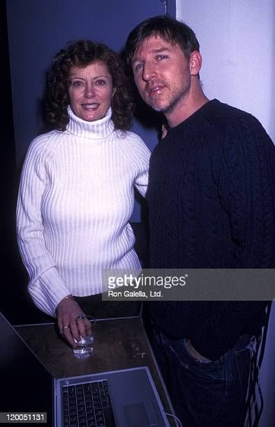Actress Susan Sarandon and Todd Oldham attend American Museum of the Moving Image Gala Honoring Julia Roberts on March 4 2001 at the Waldorf Astoria...