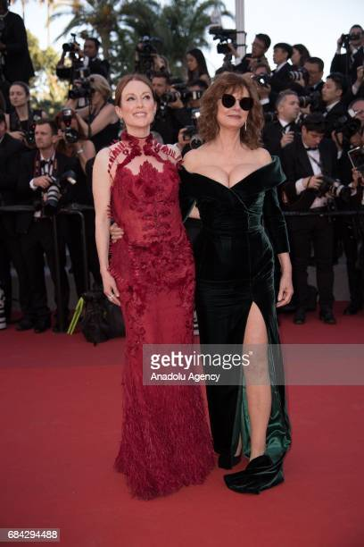 US actress Susan Sarandon and US actress actress Julianne Moore arrive for the screening of the film 'Les Fantomes dÕIsmael' out of competition and...