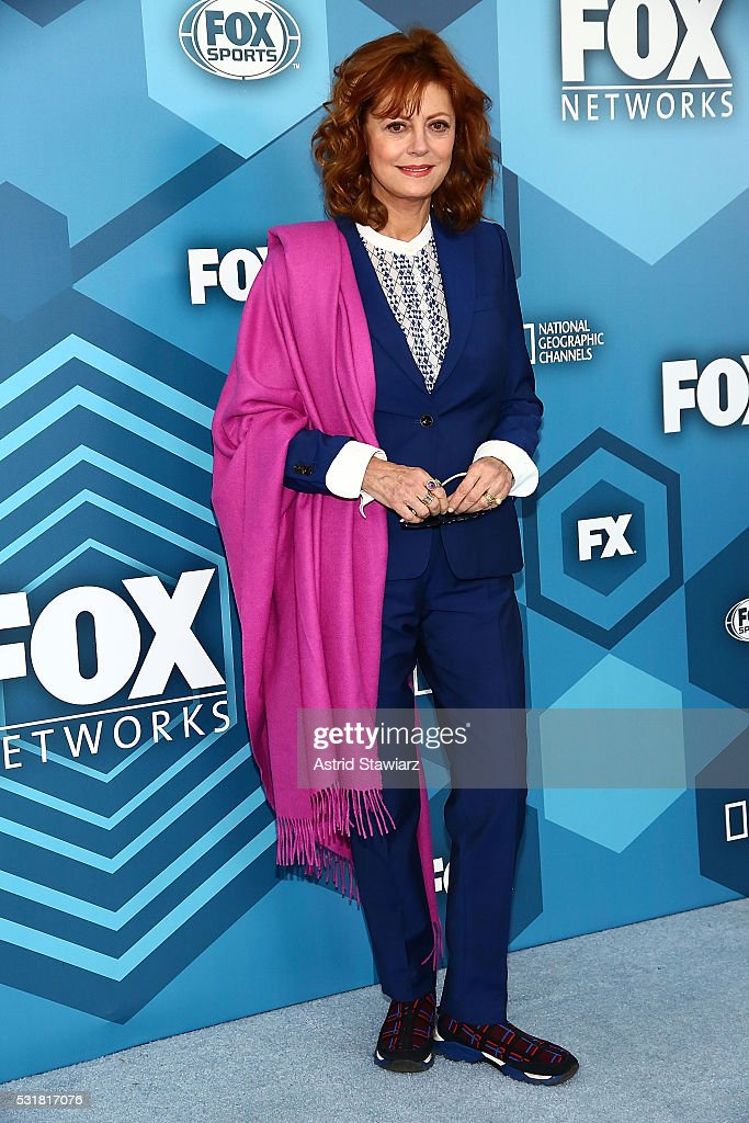 Actress Susan Sarandon attends FOX 2016 Upfront Arrivals at Wollman Rink, Central Park on May 16, 2016 in New York City.