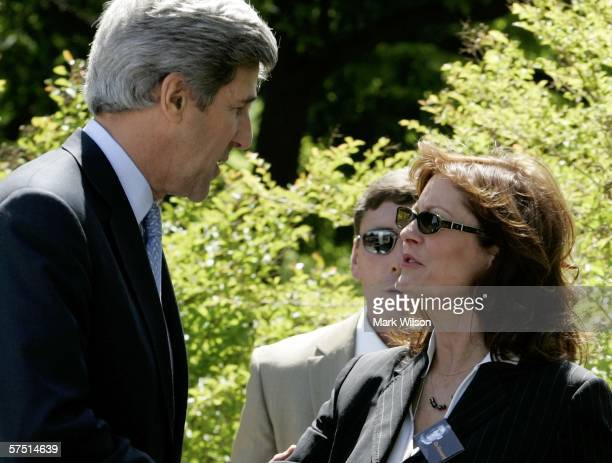 Actress Susan Sarandon speaks with Senator John Kerry during a rally on Capitol Hill May 2 2006 in Washington DC Sarandon was one of many speakers...