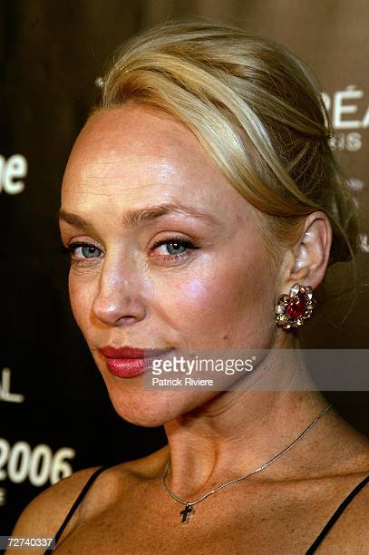 Actress Susie Porter poses in the awards room at the L'Oreal Paris AFI 2006 Industry Awards at the Melbourne Exhibition Centre on December 6 2006 in...