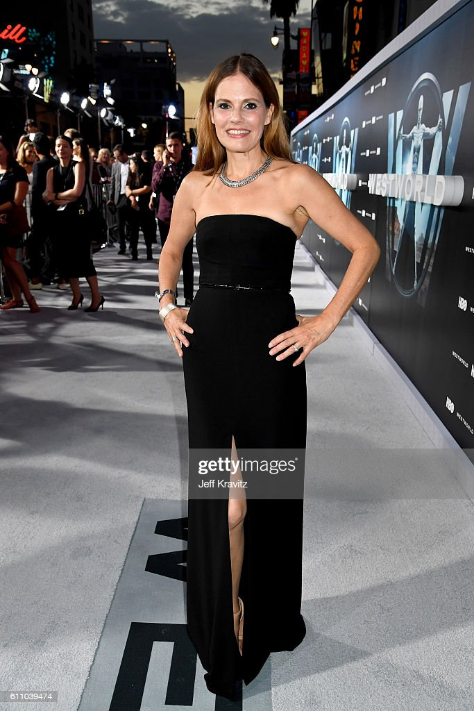 Actress Suzanne Cryer attends the premiere of HBO's 'Westworld' at TCL Chinese Theatre on September 28, 2016 in Hollywood, California.