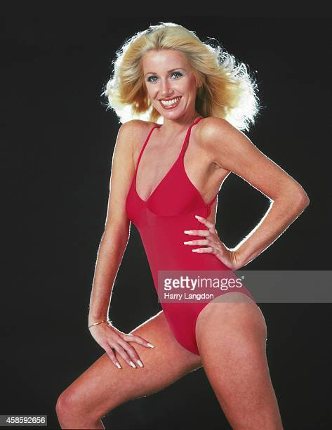 Actress Suzanne Somers poses for a portrait in 1982 in Los Angeles California