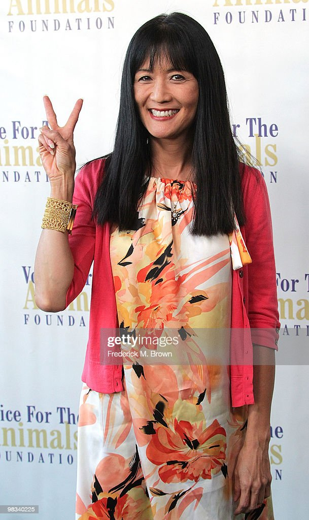 "Voice For Animals Foundation's Annual Benefit With A ""Laugh-In Reunion"" : News Photo"