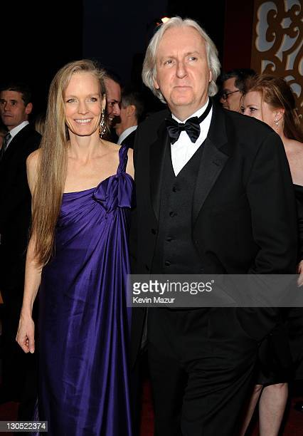 Actress Suzy Amis and director James Cameron arrive at the 15th annual Critics' Choice Movie Awards held at the Hollywood Palladium on January 15,...