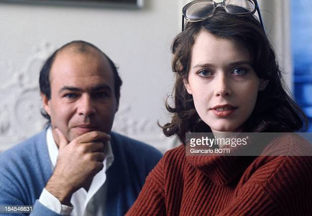 Actress Sylvia Kristel and director Francis Giacobetti at the time of the shooting of 'Emmanuelle 2' in 1977 in Paris France