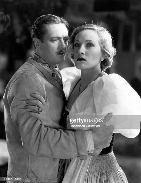 Actress Tala Birell and Edmund Lowe in a scene from the movie Let's Fall in Love