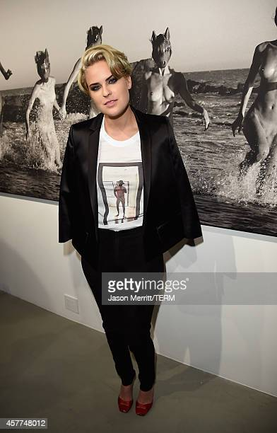 Actress Tallulah Willis attends the Brian Bowen Smith WILDLIFE show hosted by Casamigos Tequila at De Re Gallery on October 23 2014 in West Hollywood...