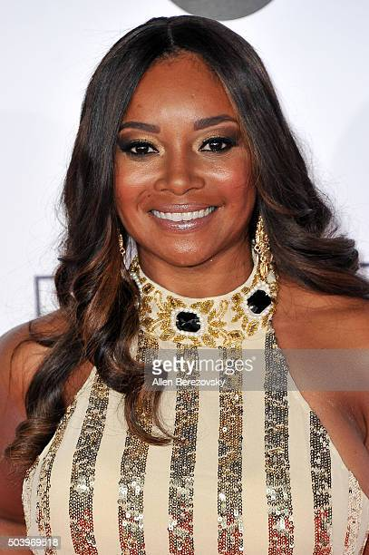 Actress Tamala Jones arrives at the People's Choice Awards 2016 at Microsoft Theater on January 6, 2016 in Los Angeles, California.