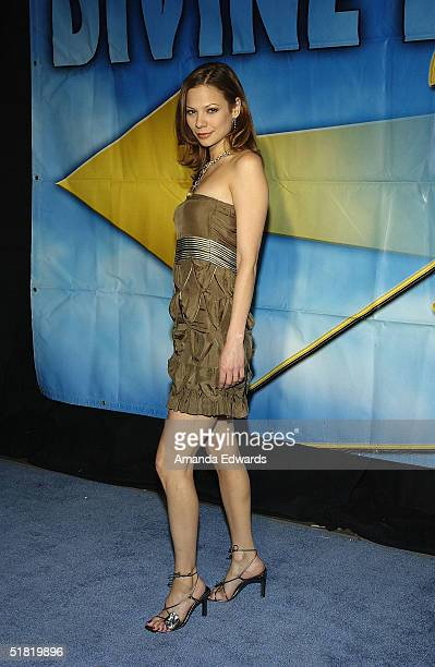 Actress Tamara Braun arrives at the Project Angel Foods Divine Design 2004 Gala at the Barker Hangar on December 2 2004 in Santa Monica California