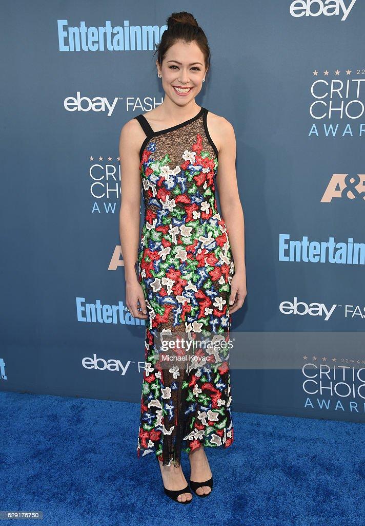 Actress Tatiana Maslany attends The 22nd Annual Critics' Choice Awards at Barker Hangar on December 11, 2016 in Santa Monica, California.