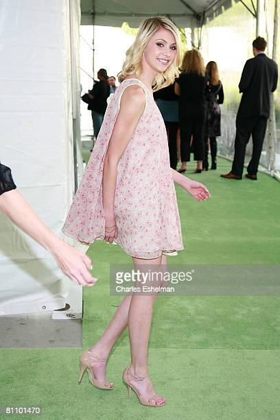 Actress Taylor Momsen arrives at the CW Network's Upfront at the Lincoln Center on May 13 2008 in New York City