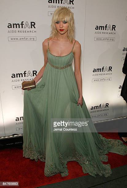 Actress Taylor Momsen attends the amfAR New York Gala at Cipriani on 42nd Street to kick off Fall 2009 Fashion Week on February 12 2009 in New York...