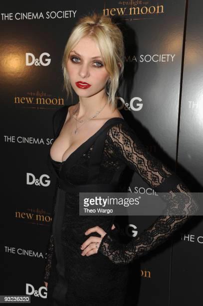 Actress Taylor Momsen attends the Cinema Society DG screening of The Twilight Saga New Moon at Landmark's Sunshine Cinema on November 19 2009 in New...
