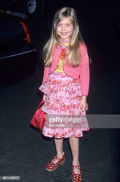 Actress Taylor Momsen attends 'The Flintstones in Viva Rock Vegas' Universal City Premiere on April 15 2000 at Cineplex Odeon Universal City Cinemas...