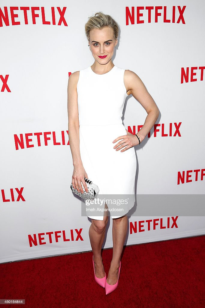 "Netflix's Academy Panel ""Women Ruling TV"" - Arrivals : News Photo"