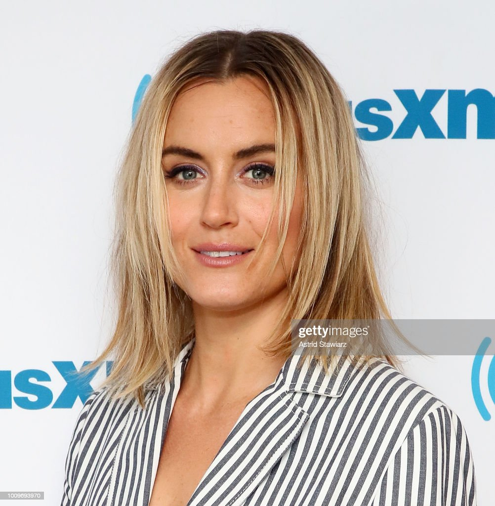 Fashion week Schilling taylor allure august for girls