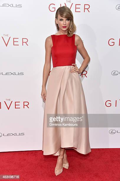 Actress Taylor Swift attends The Giver premiere at Ziegfeld Theater on August 11 2014 in New York City