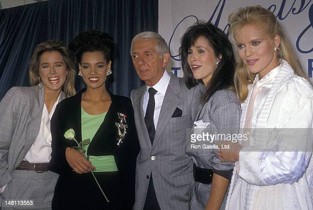 Actress Tea Leoni actress Sandra Canning producer Aaron Spelling Karen Kopins and actress Claire Yarlett attend the Press Conference to Announce the...