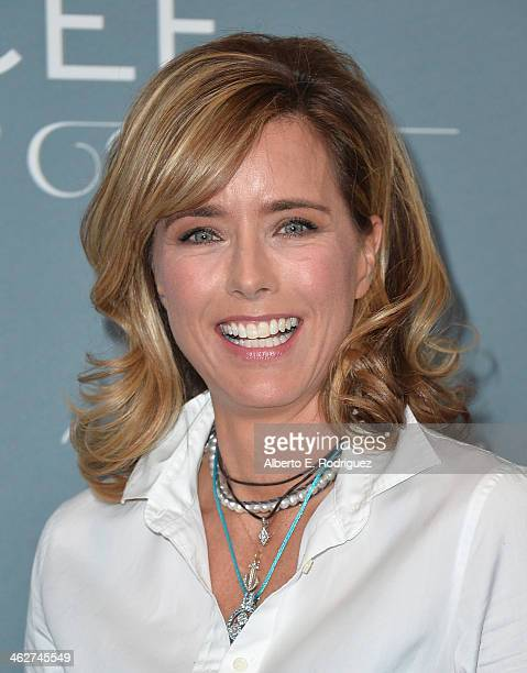 Actress Tea Leoni arrives to the 2014 UNICEF Ball Presented by Baccarat at the Regent Beverly Wilshire Hotel on January 14 2014 in Beverly Hills...