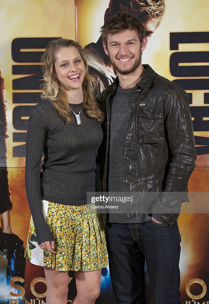 I am number four madrid photocall photos and images getty images actress teresa palmer and actor alex pettyfer attend i am number four freerunsca Choice Image