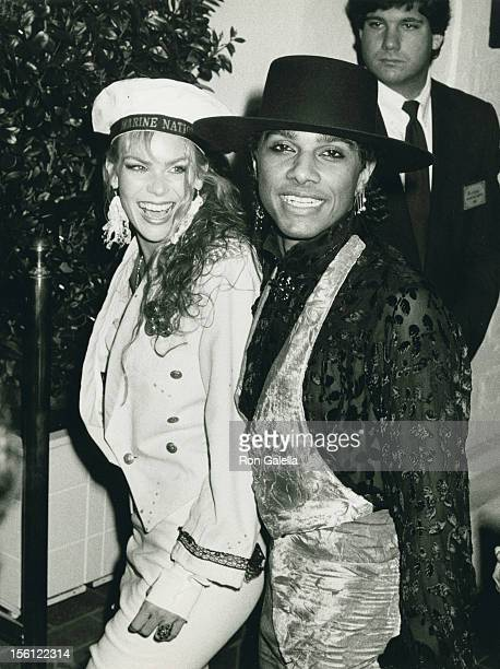 Actress Teri Copley and musician Mickey Free being photographed on February 23 1986 at Chasen's Restaurant in Beverly Hills California