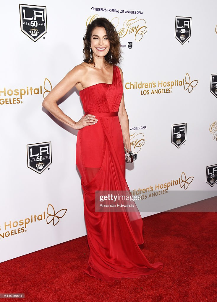 "2016 Children's Hospital Los Angeles ""Once Upon a Time"" Gala - Arrivals : News Photo"
