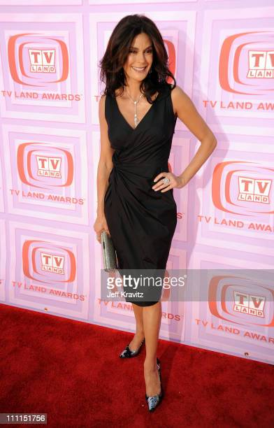 Actress Teri Hatcher arrives at the 7th Annual TV Land Awards held at Gibson Amphitheatre on April 19, 2009 in Universal City, California.