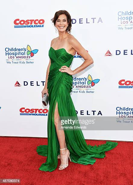Actress Teri Hatcher arrives at the Children's Hospital Los Angeles Gala Noche de Ninos at the LA Live Event Deck on October 11 2014 in Los Angeles...