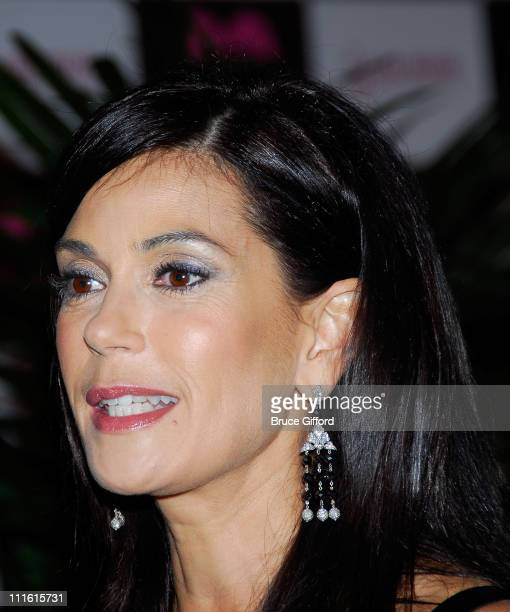 Actress Teri Hatcher arrives at the Keep Memory Alive Foundation's 12th annual gala to benefit the Lou Ruvo Alzheimer's Institute at the MGM Grand...