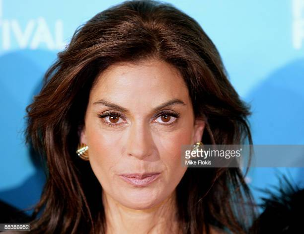 108 Teri Hatcher Attends Coraline Screening Photos And Premium High Res Pictures Getty Images