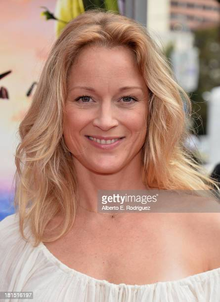 Actress Teri Polo arrives to the premiere of Columbia Pictures and Sony Pictures Animation's Cloudy With A Chance of Meatballs 2 at the Regency...