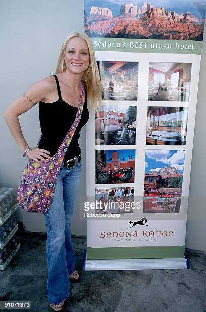 Actress Teri Polo attends the Kari Feinstein Primetime Emmy Awards style lounge at Zune LA on September 18 2009 in Los Angeles California