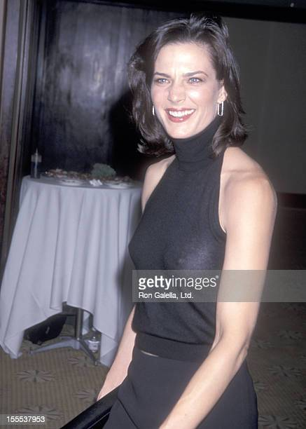 Actress Terry Farrell attends the American Oceans Campaign Honors President Bill Clinton on October 2 2001 at October 2 2001 at Century Plaza Hotel...