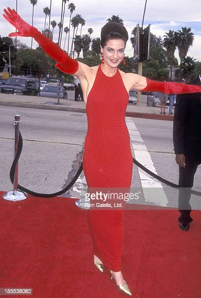 Actress Terry Farrell attends the Third Annual Blockbuster Entertainment Awards on March 11, 1997 at Pantages Theatre in Hollywood, California.