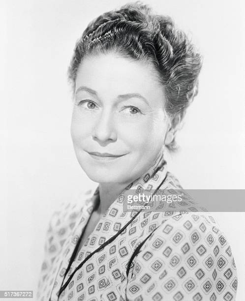 Actress Thelma Ritter is shown as Stella, in Paramount Picture's Rear Window, which was directed by Alfred Hitchcock. Thelma was born in Brooklyn,...