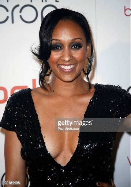 Actress Tia Mowry arrives at the 4th annual Creme of the Crop post BET Awards dinner celebration at Mr Chow on June 27 2010 in Beverly Hills...