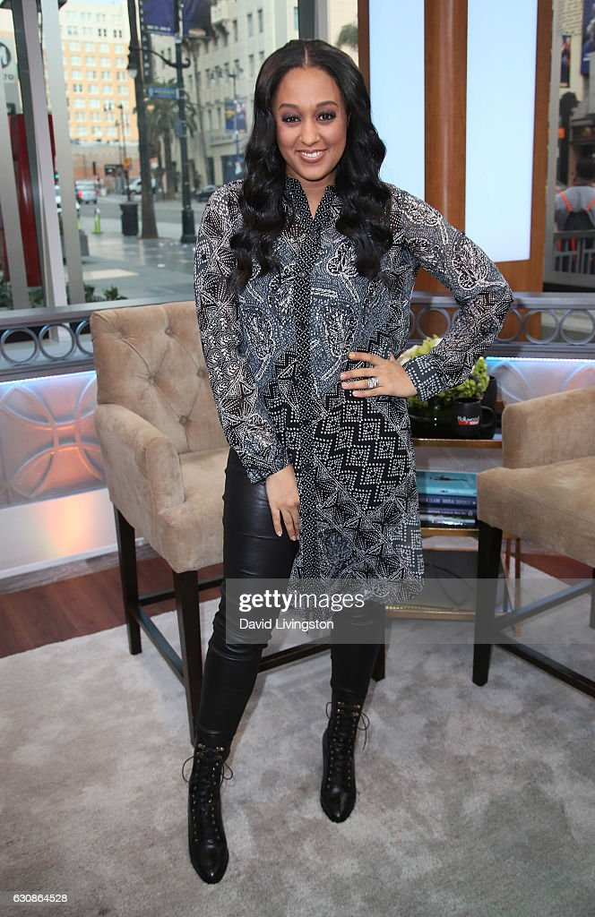 Tia Mowry, John Ross Bowie And James Van Praagh Visit Hollywood Today Live : News Photo