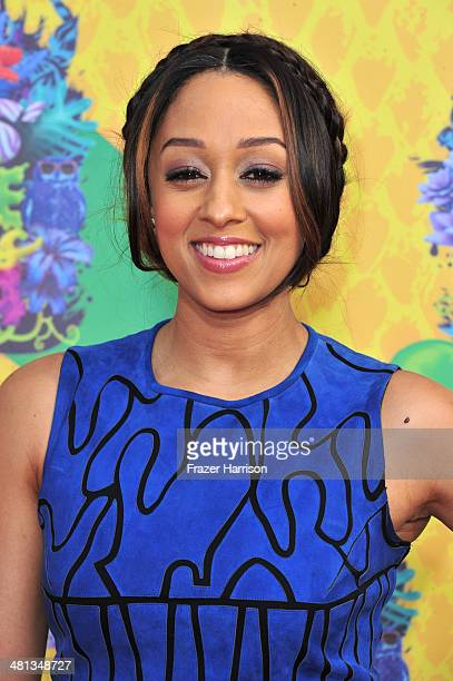 Actress Tia MowryHardrict attends Nickelodeon's 27th Annual Kids' Choice Awards held at USC Galen Center on March 29 2014 in Los Angeles California