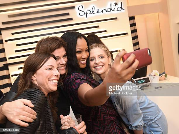 Actress Tiffani Thiessen actress Garcelle Beauvais and actress Sarah Michelle Gellar attend the Splendid Holiday Book Drive KickOff with Milk and...